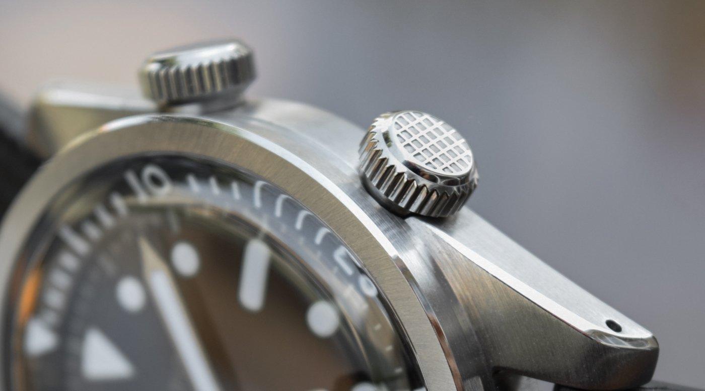 Обзор часов: Baltic Aquascaphe Dual-Crown