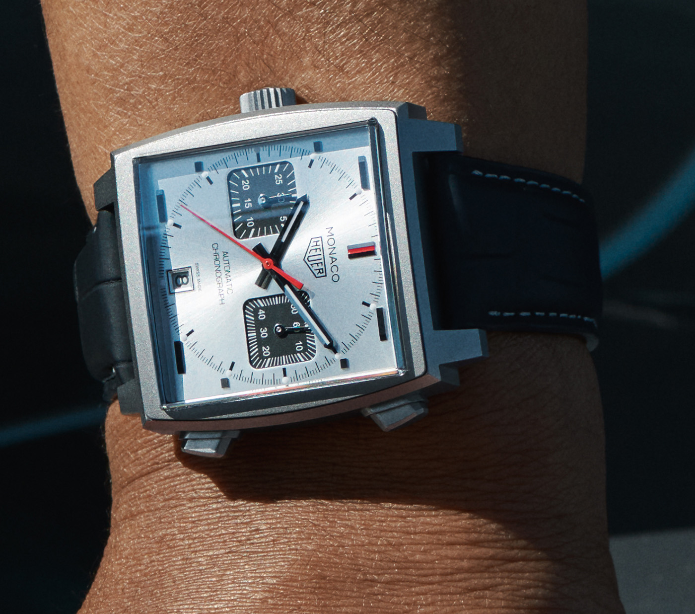TAG Heuer выпускает ограниченную серию часов Monaco Titan