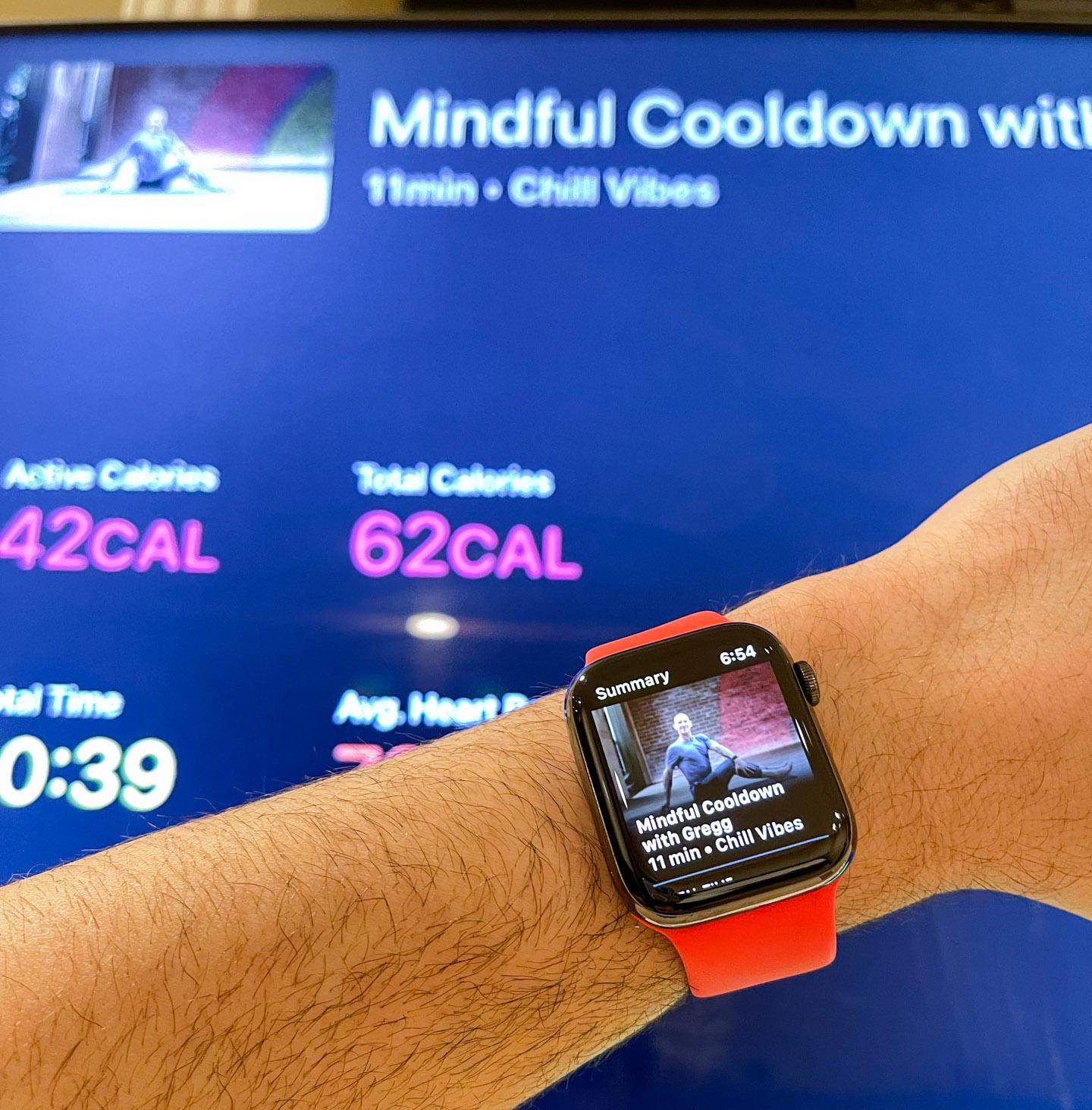 Использование Apple Watch с Apple Fitness +