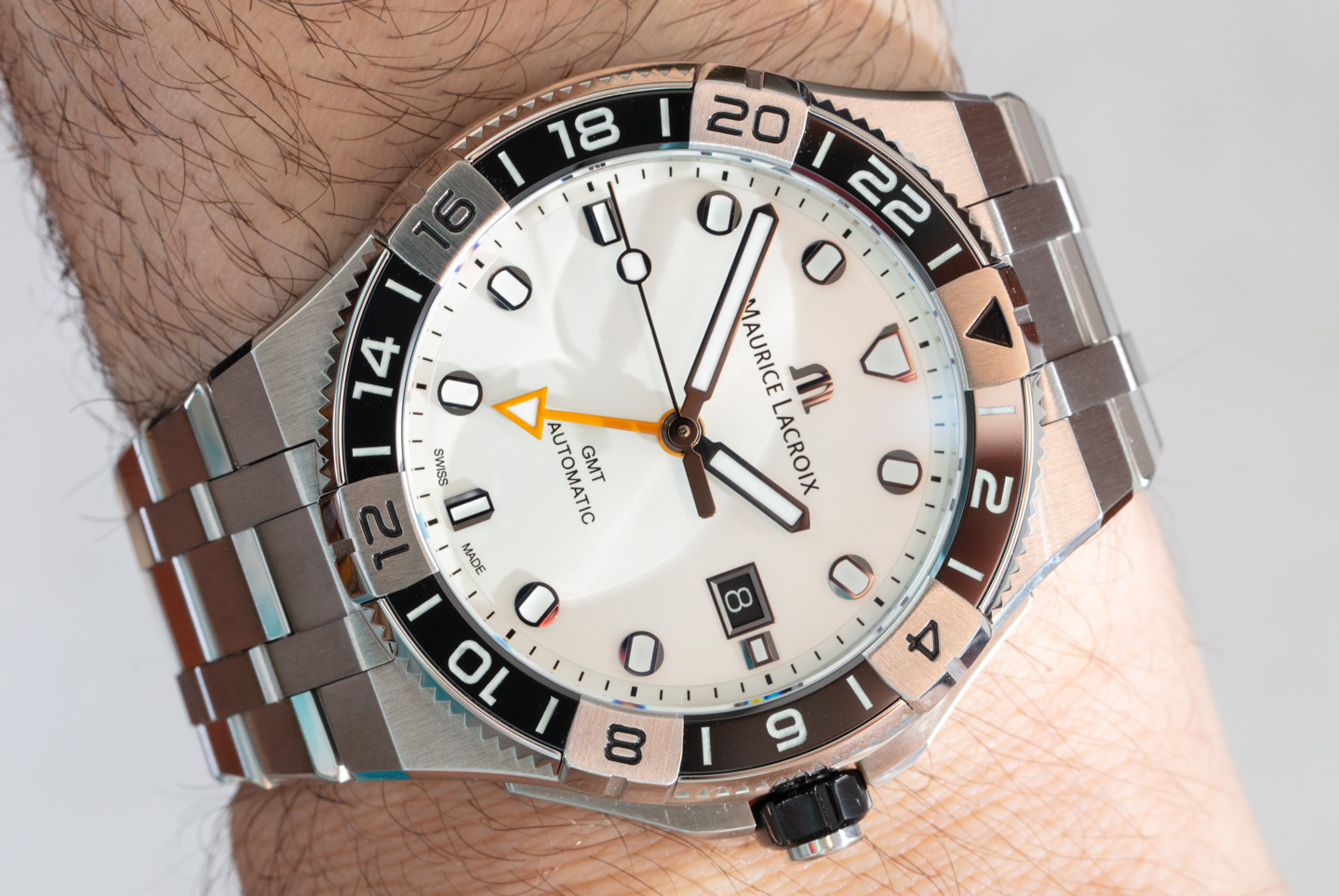 Обзор часов: Maurice Lacroix Aikon Venturer GMT