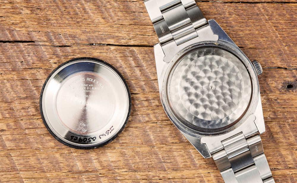 История создания антимагнитных часов в мире