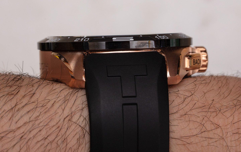 Солнечные часы Tissot T-Touch Connect