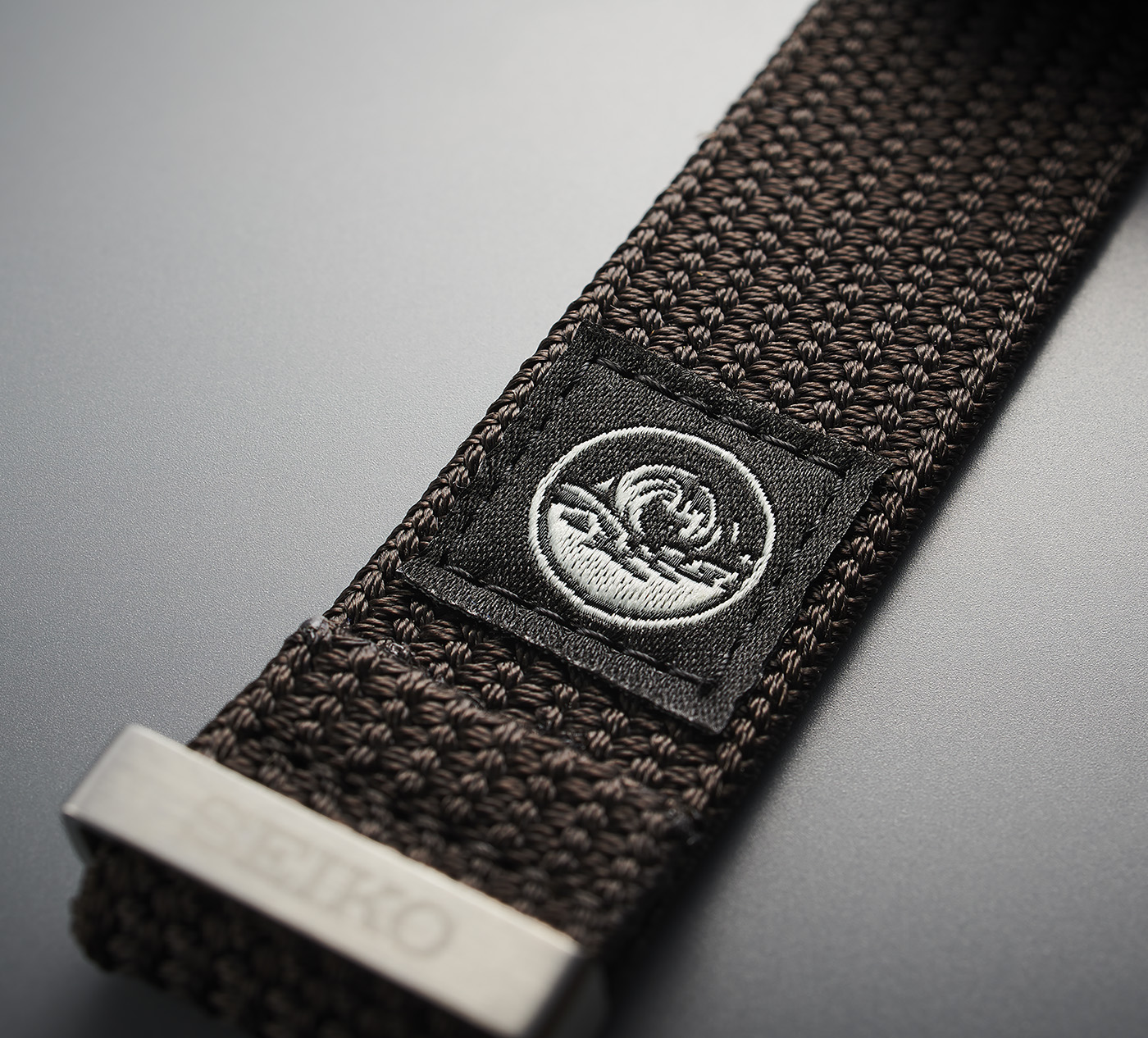 Seiko представляет часы для дайвинга Prospex SPB237 и Prospex SPB239 с тканевыми ремнями в винтажном стиле