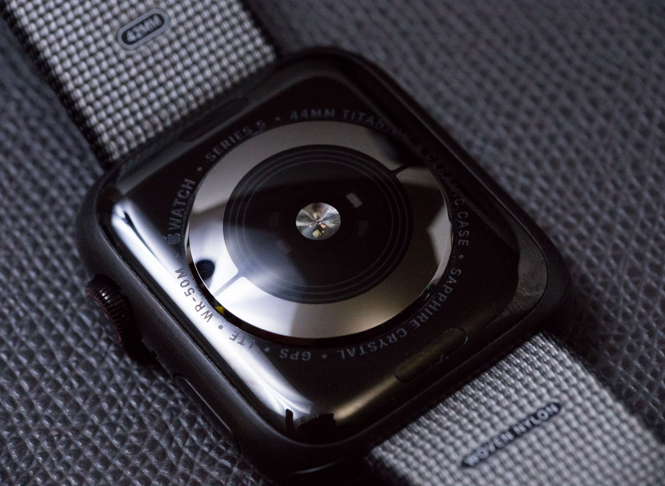 Apple Watch Series 5: выбрали лучшие функции которые ценят!