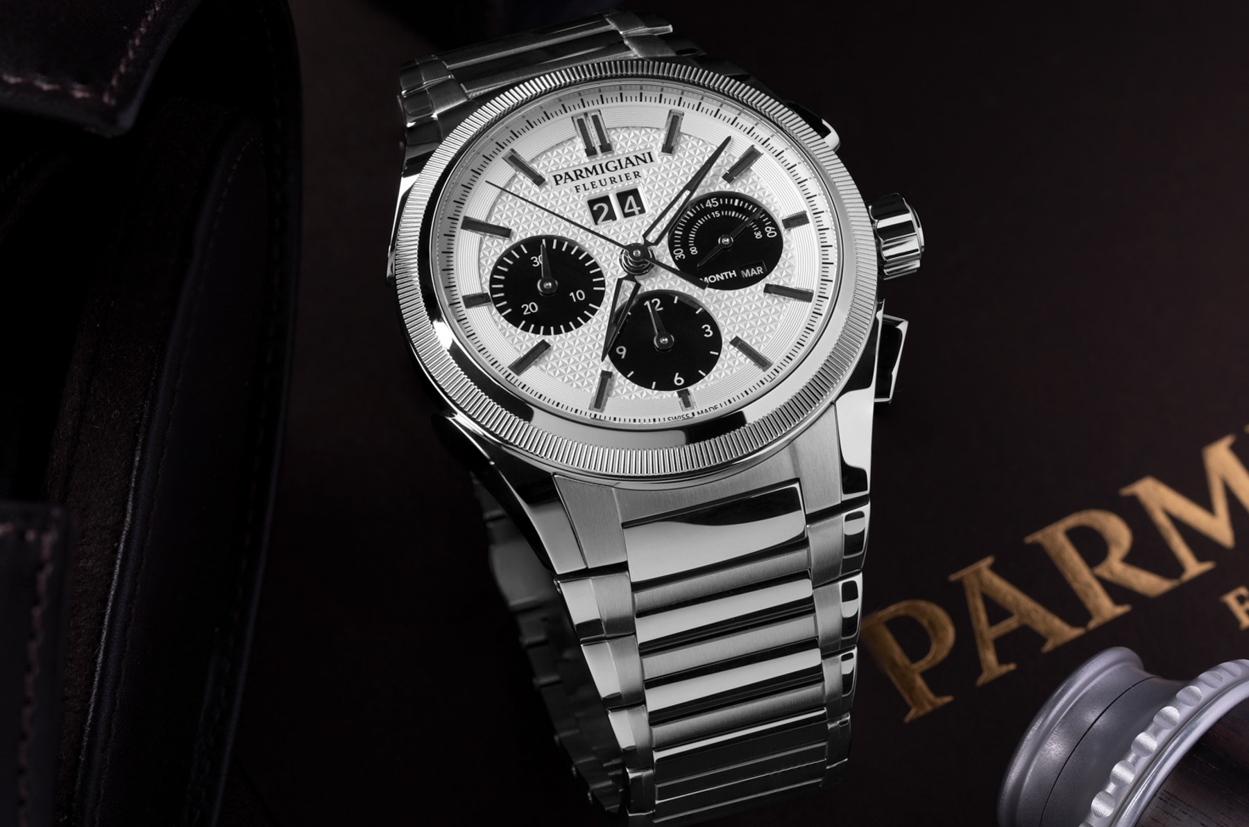 Коллекция Parmigiani Tondagraph GT пополнилась новыми часами Panda Dial