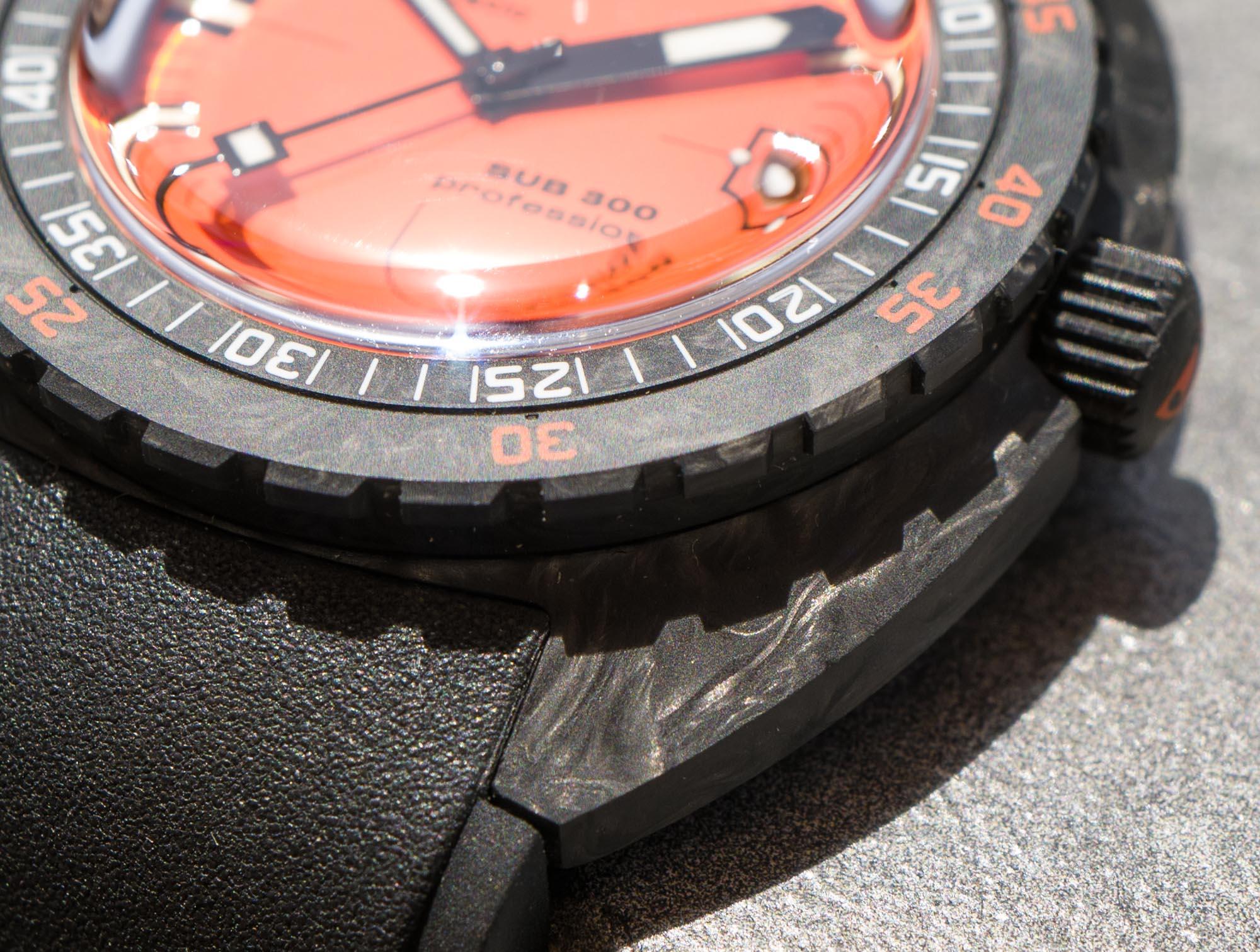 Часы для дайвинга: Doxa Sub 300 Carbon