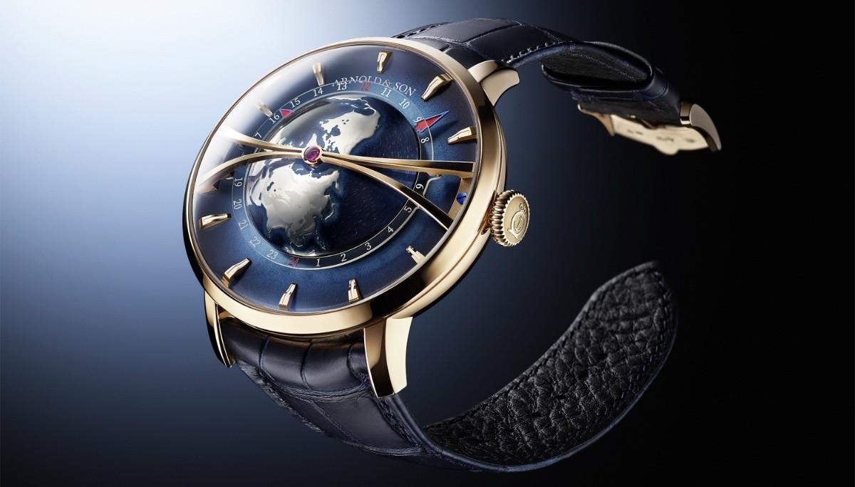 Часы Arnold & Son Globetrotter теперь из красного золота