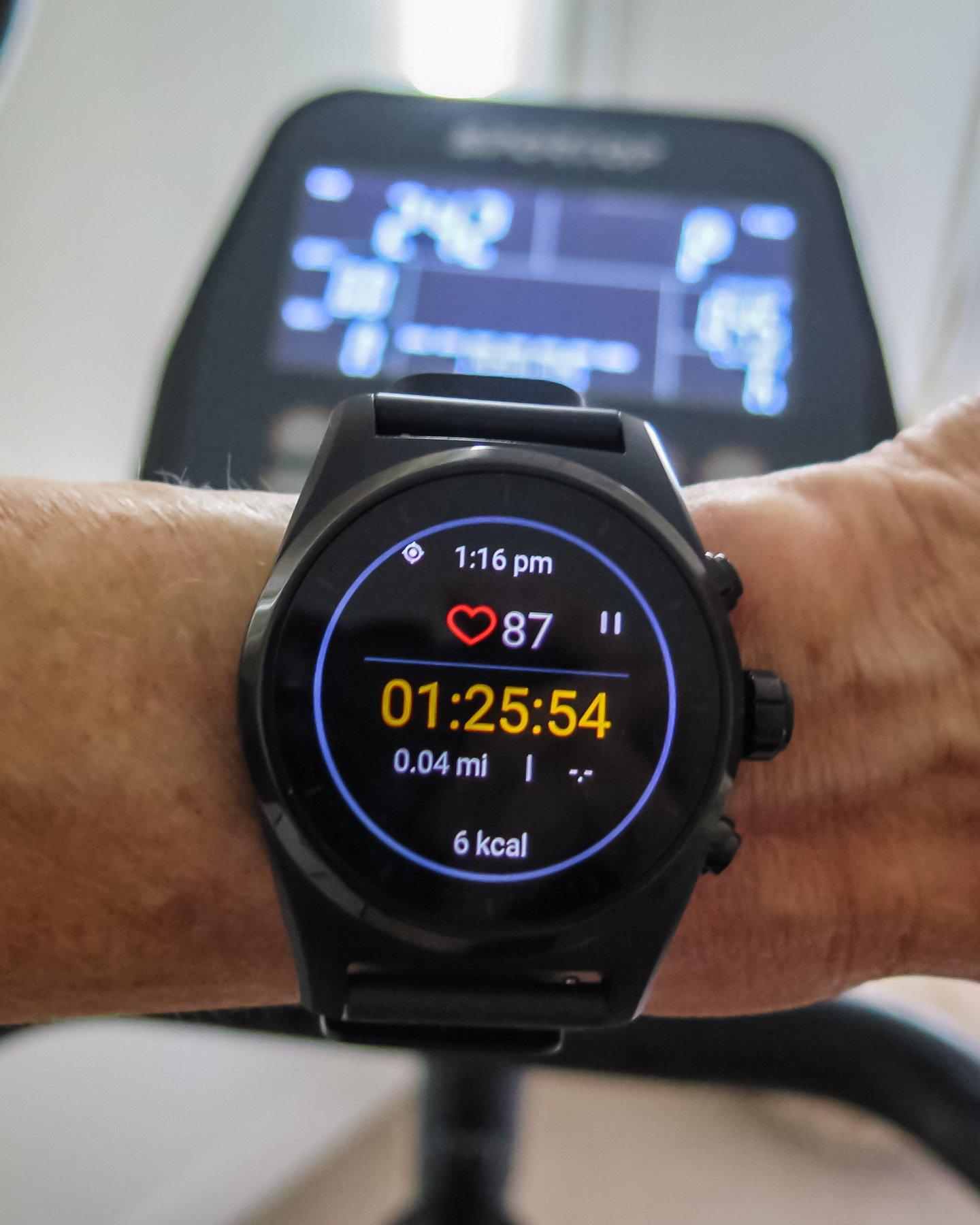 montblanc summit lite умные часы