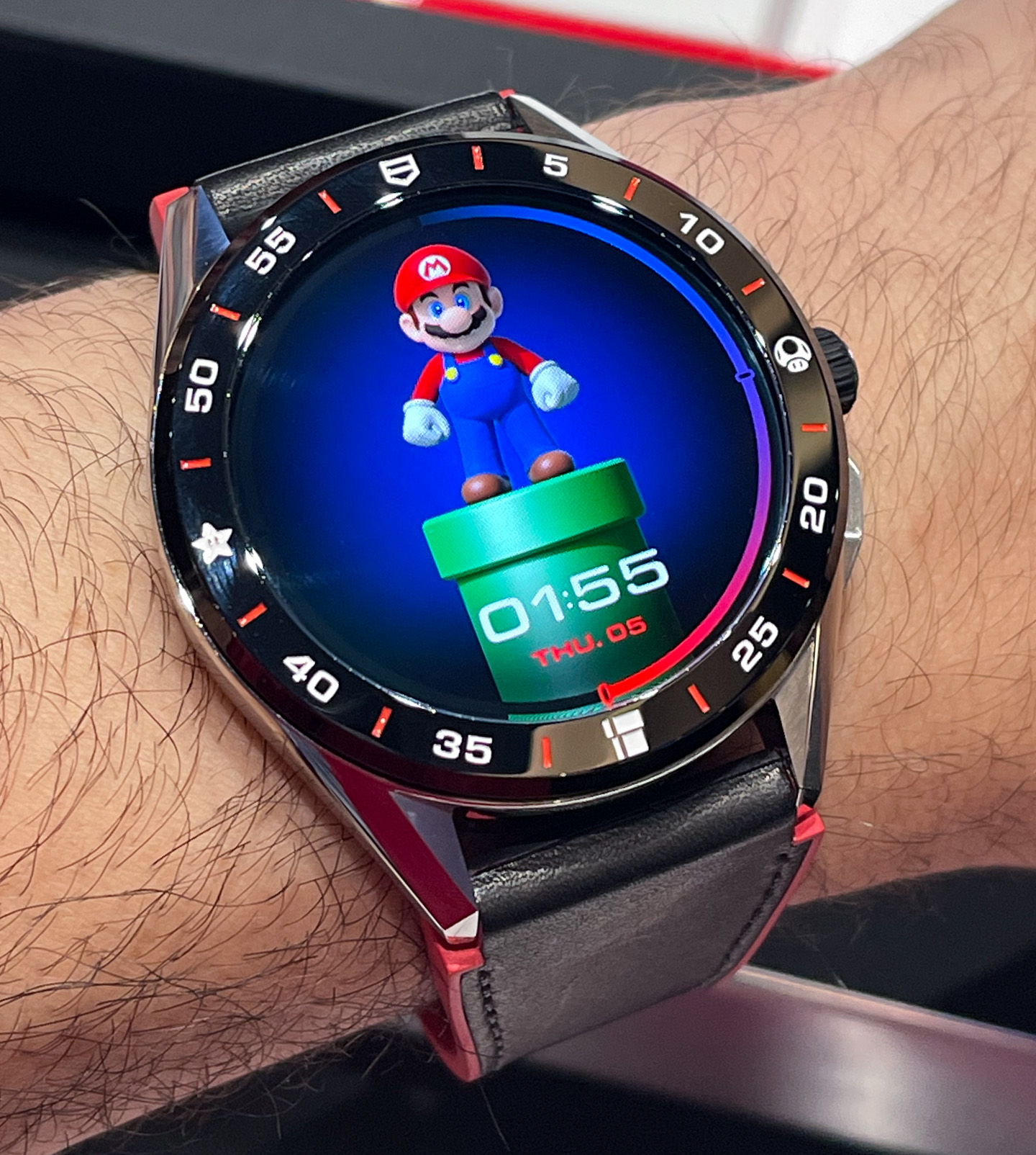 На практике: смарт-часы TAG Heuer Connected Super Mario ограниченной серии