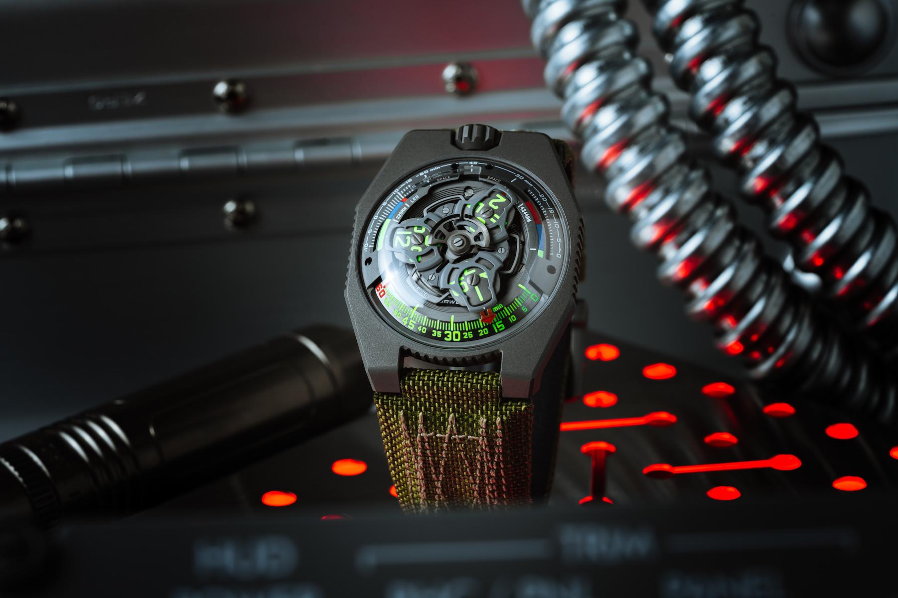 Urwerk и Collective Horology выпускают ограниченную серию часов UR-100V P.02