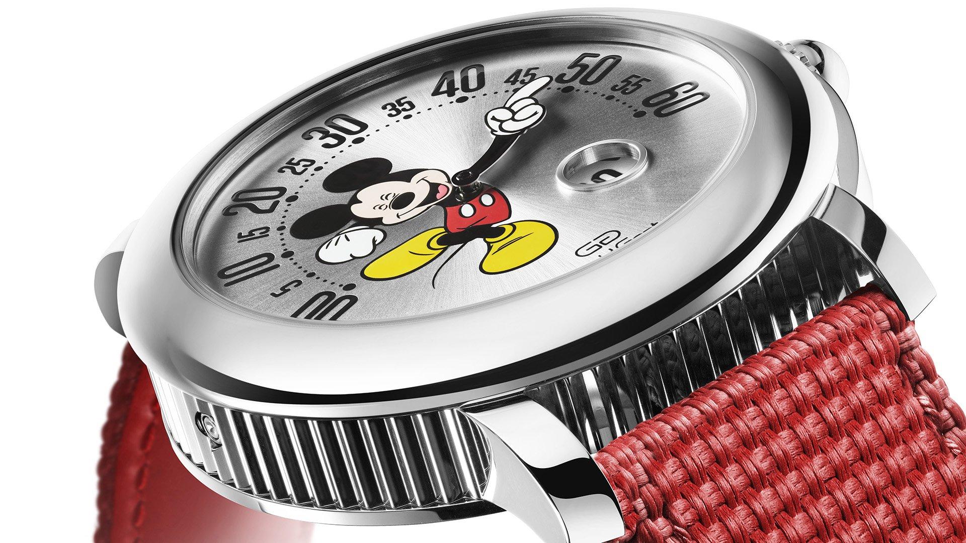 Gerald Genta объявляет о выпуске ограниченной серии диснеевских часов Arena Retro Mickey Mouse
