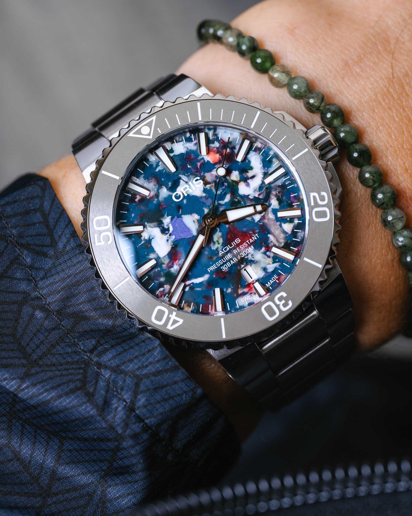 Oris выпускает часы Aquis Date Upcycle с циферблатами из переработанного океанического пластика