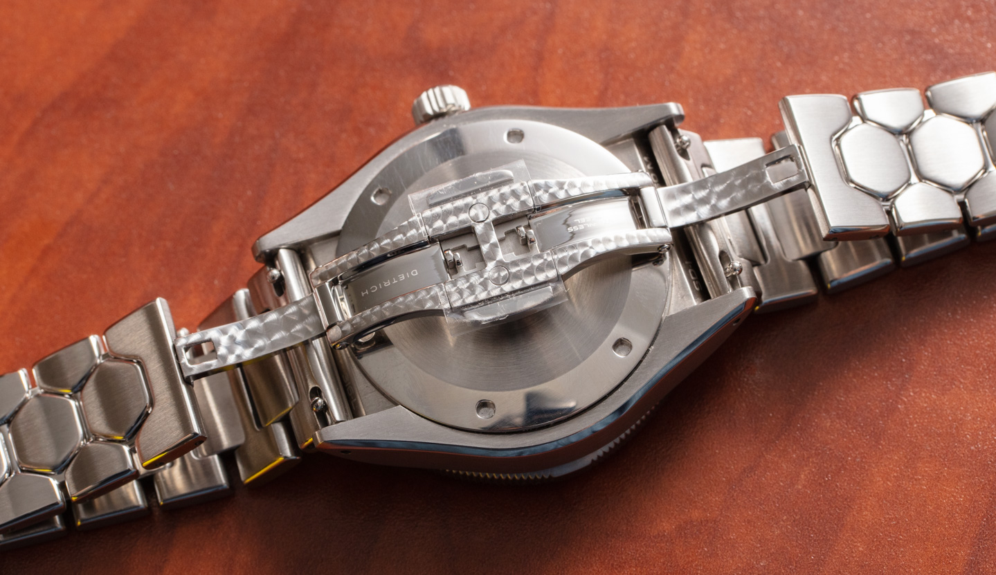 Часы среднего размера Dietrich SD-1 Skindiver