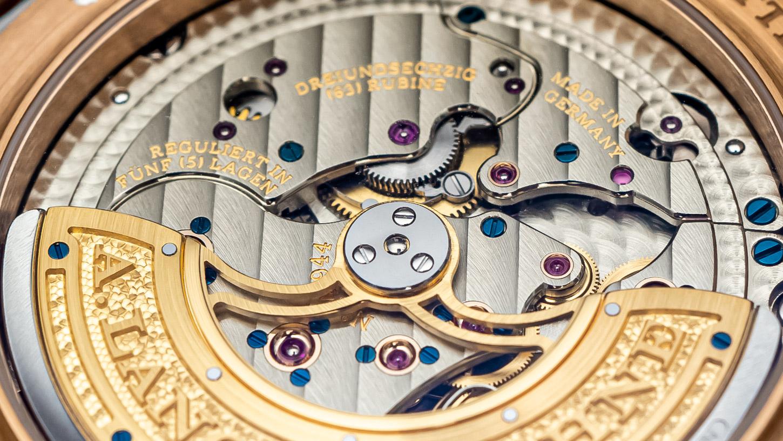 Шедевр часового искусства и отделки: A. Lange & Söhne Lange 1 Perpetual Calendar