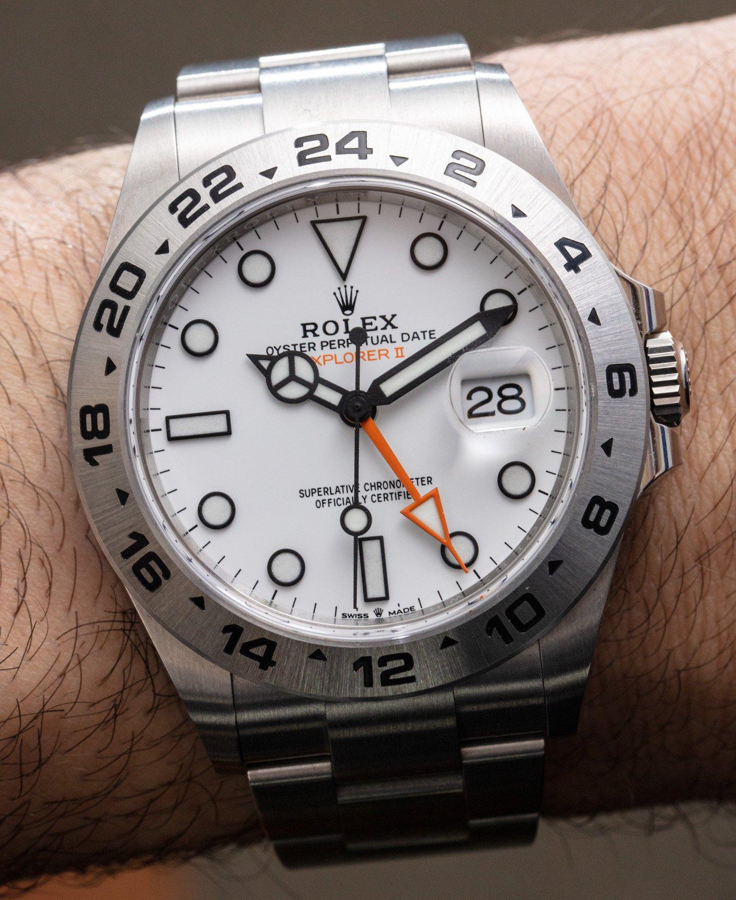 На практике часы Rolex Explorer II 226570